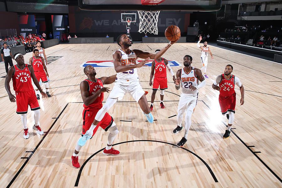 Toronto Raptors v Phoenix Suns Photograph by David Sherman