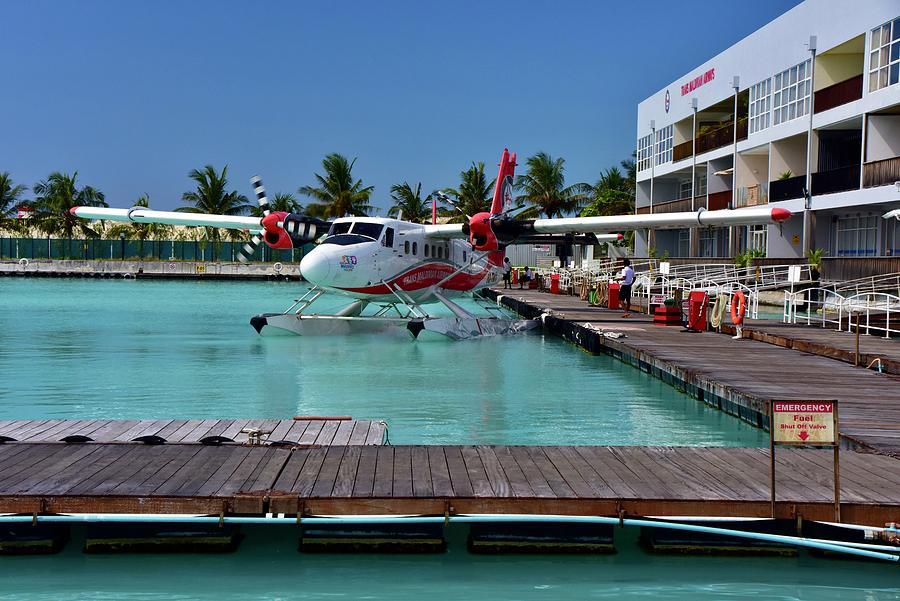 Trans Madivian Airways Airport Photograph
