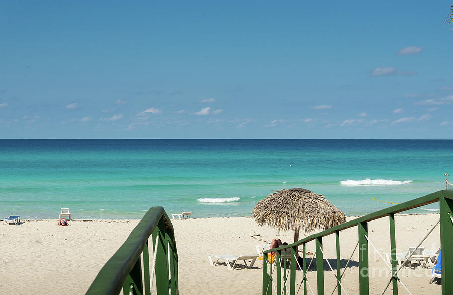 Tropical beach in Varadero, Cuba by Les Palenik