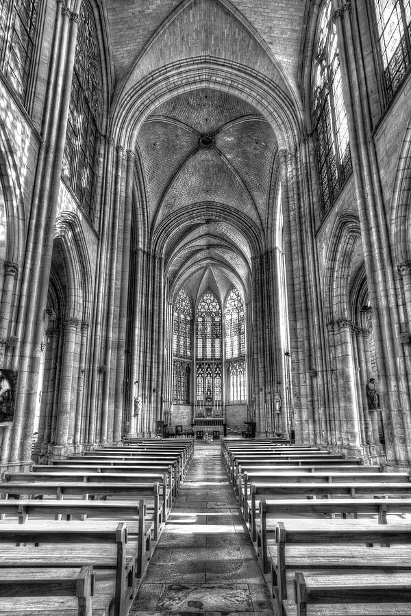 Troyes Cathedral                    V1 Photograph