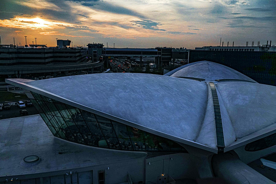 Twa Terminal Photograph