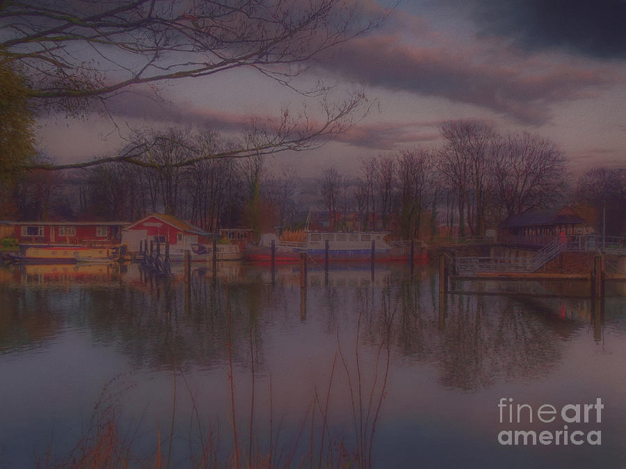 River Thames Photograph - Twilight by Leigh Kemp