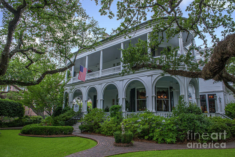 Two Meeting Street Inn - Bed And Breakfast - Charleston Photograph