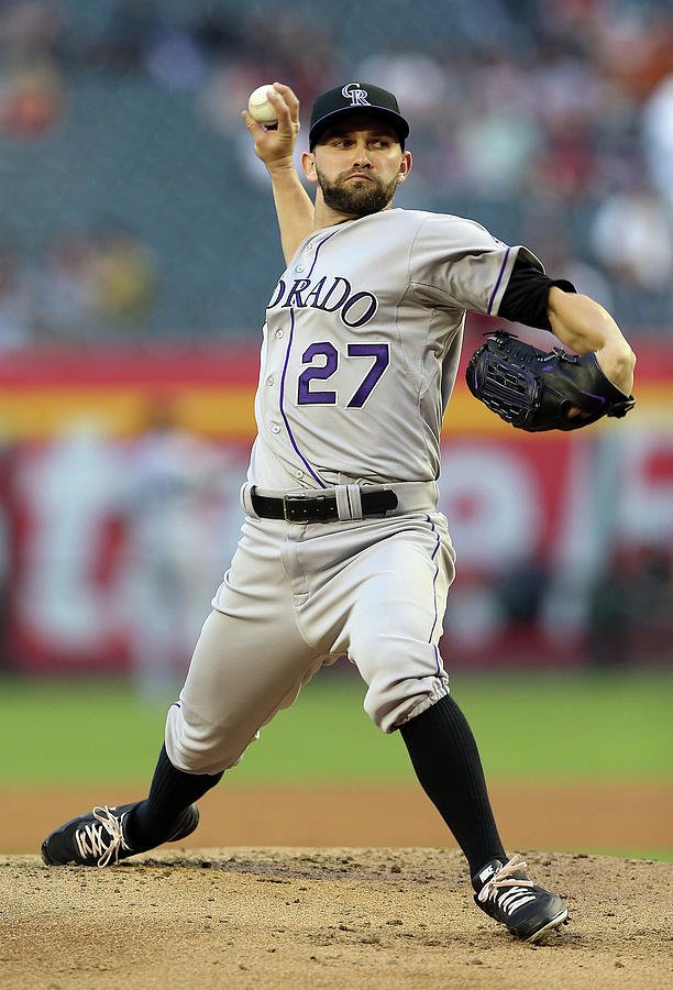 Tyler Chatwood Photograph by Christian Petersen