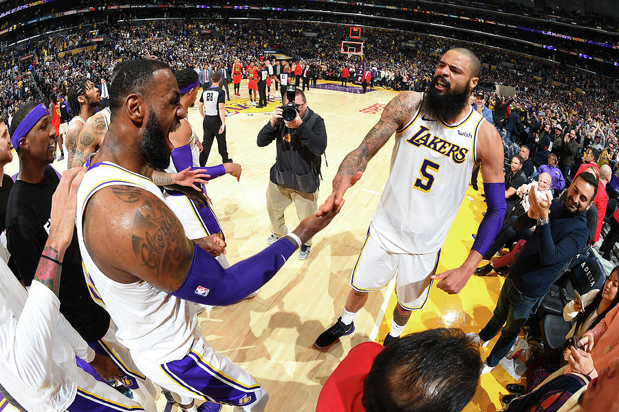 Tyson Chandler and Lebron James Photograph by Andrew D. Bernstein