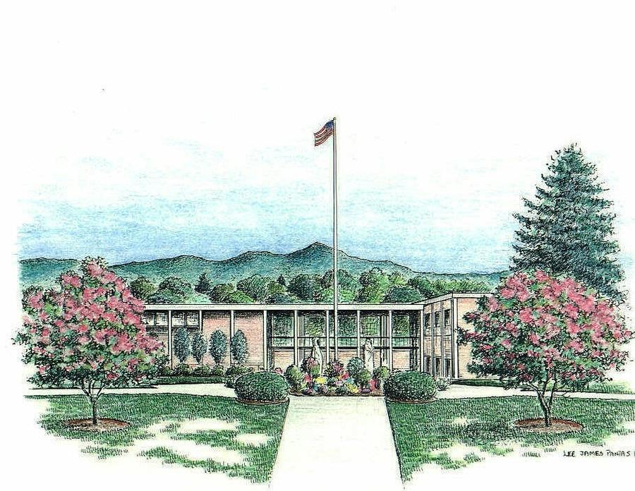 Asheville Drawing - UNCA Quad by Lee Pantas