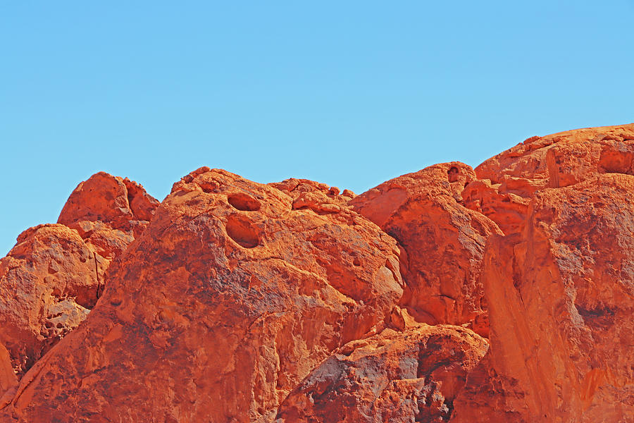 Valley Of Fire Red Rocks Nooks And Crannies Blue Sky Rock Varnish 2 3122020 0110 Photograph by David Frederick