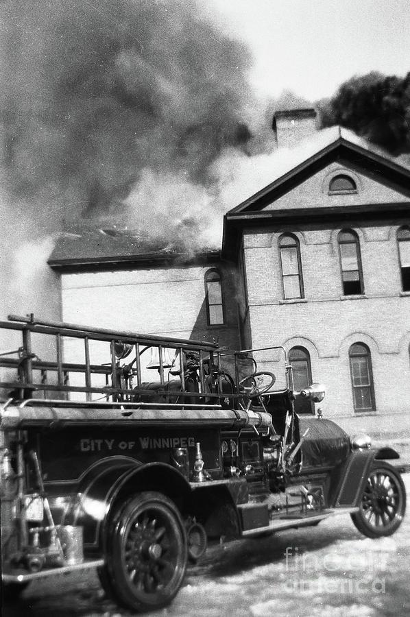 Victoria School Fire - Winnipeg, Mb Canada -1930-mar-14 - Image 2 Photograph