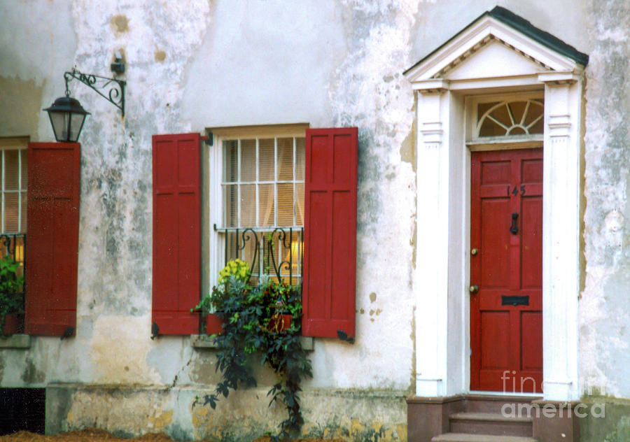 Vintage Pirates House - Charleston South Carolina Photograph