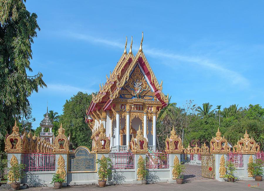 Wat Chai Mongkol Phra Ubosot DTHU0205 by Gerry Gantt