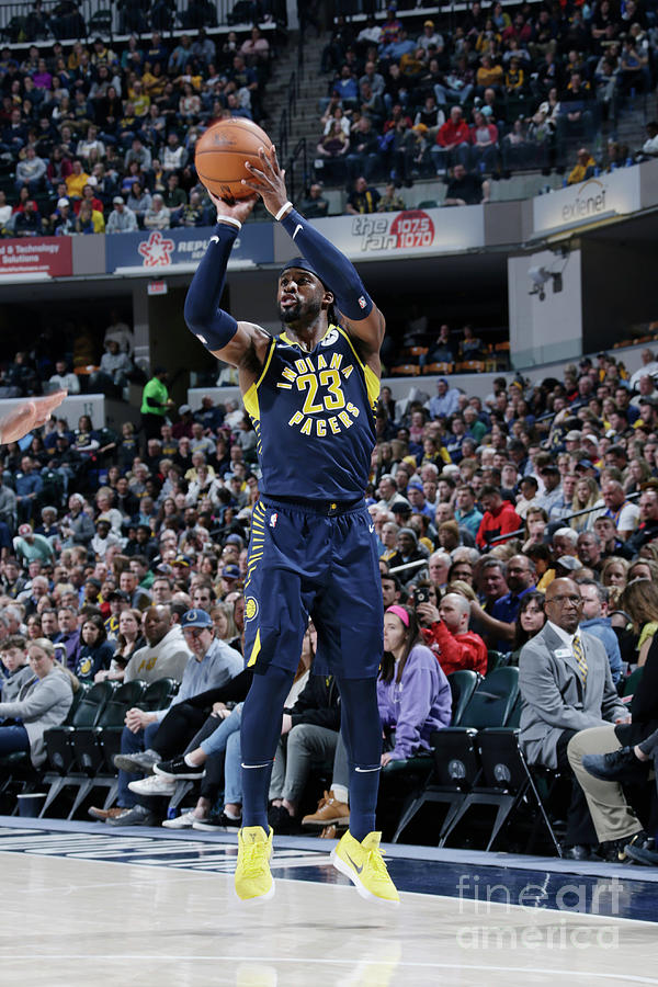 Wesley Matthews Photograph by Ron Hoskins