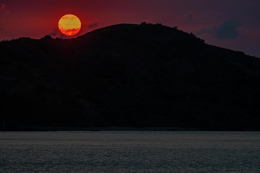Whitsunday Sunset by Mark Hunter