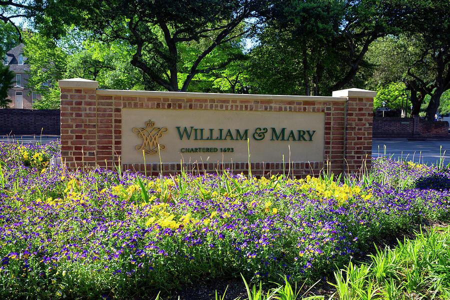 William And Mary Sign Photograph