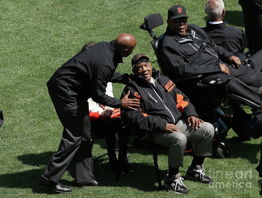 Willie Mays, Barry Bonds, and Willie Mccovey Photograph by Ezra Shaw