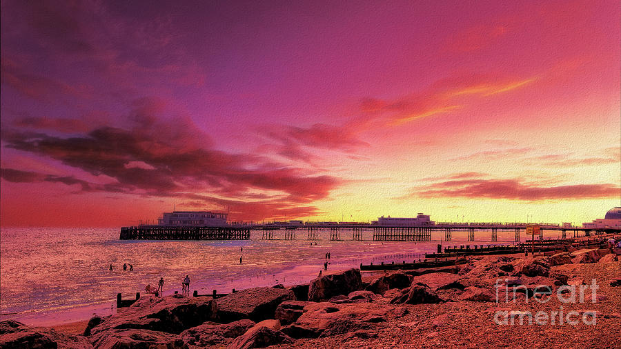 Worthing Photograph - Worthing Seafront III by Leigh Kemp