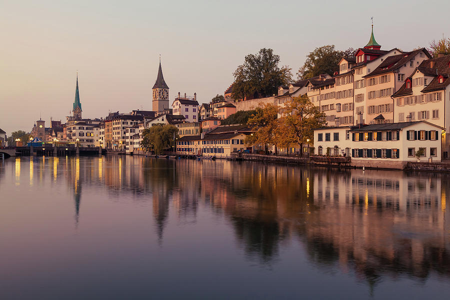 Zuerich Photograph - Zurich 02 by Tom Uhlenberg