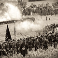 Gettysburg Union Artillery And Infantry 7496s by Cynthia Staley