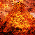 C H I C H E N  .  I T Z A .  Pyramid by J  - O   N    E