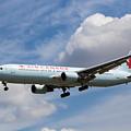 Air Canada Boeing 767 by David Pyatt