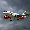 Air Canada Rouge Airbus A319-114 by Smart Aviation
