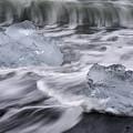 Brethamerkursandur Iceberg Beach Iceland 2588 by Bob Neiman