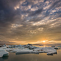 Icebergs On The Jokulsarlon Glacial by Panoramic Images