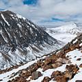 Lincoln Peak Winter Landscape by Cascade Colors