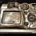 Melted Camera by Carmine Taverna