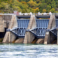 Melton Hill Dam by Phil Perkins