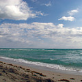 Miami Beach by Amanda Barcon