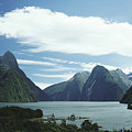 Milford Sound by Mary Van de Ven - Printscapes