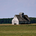 Old Barn by Eric Noa