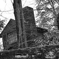 Old Shack by Gerald Kloss