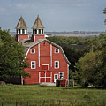 Peter Peterson Barn  by Susan Rissi Tregoning