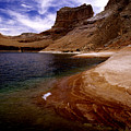 Sandstone Shoreline And Cliffs Lake Powell by Tom Fant