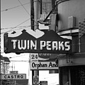 1 Twin Peaks Bar In San Francisco by Wingsdomain Art and Photography