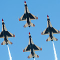 Usaf Thunderbirds At Amigo Airsho by SR Green