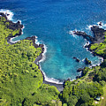 Waianapanapa State Park by Ron Dahlquist - Printscapes