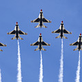 Us Air Force Thunderbirds Flying Preforming Precision Aerial Maneuvers by Anthony Totah