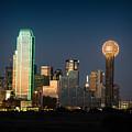 14-0905-141 Dallas Tx Skyline by Lee  Smoot