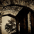 1833 Ruins by Paul W Faust - Impressions of Light
