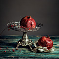 Pomegranate by Nailia Schwarz
