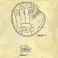1916 Baseball Glove Patent by Dan Sproul