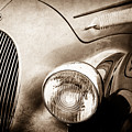 1938 Talbot-lago 150c Ss Figoni And Falaschi Cabriolet Headlight - Emblem -1554s by Jill Reger