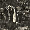 Bridal Veil Falls by L O C