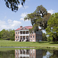 Historic Drayton Hall In Charleston South Carolina by Dustin K Ryan