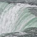 Niagara Falls by Patricia Hofmeester