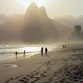 Sunset In Rio De Janeiro by Mao Lopez