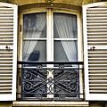 Paris by LS Photography