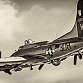 B17 Flying Fortress by Chris Smith